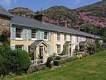 Cottages on Sygun Terrace in Beddgelert